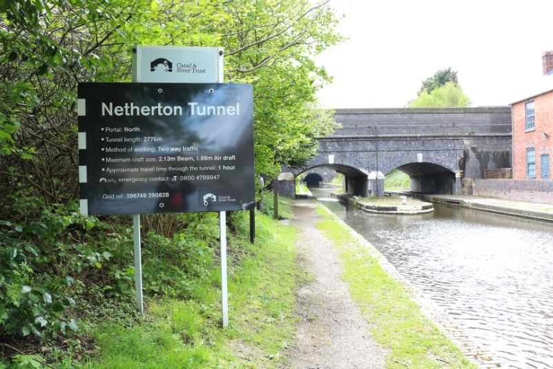 Approaching the Netherton Tunnel (North Portal)